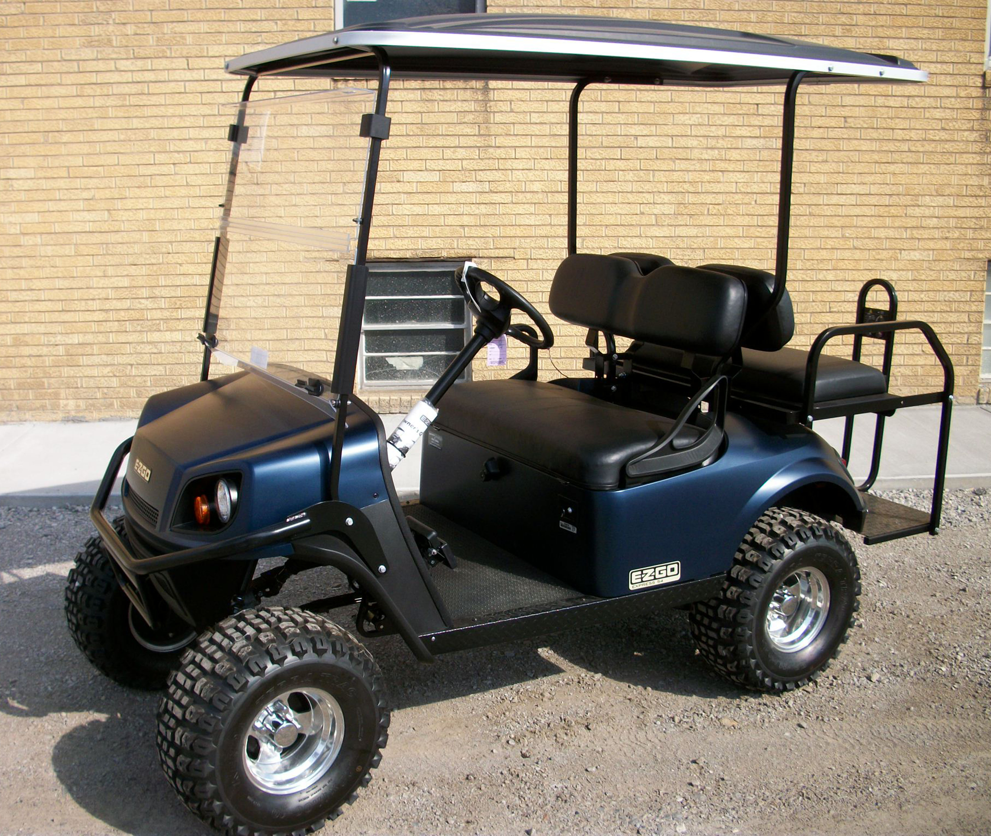 2018 Matte blue EZGO Electric Golf Cart $8995