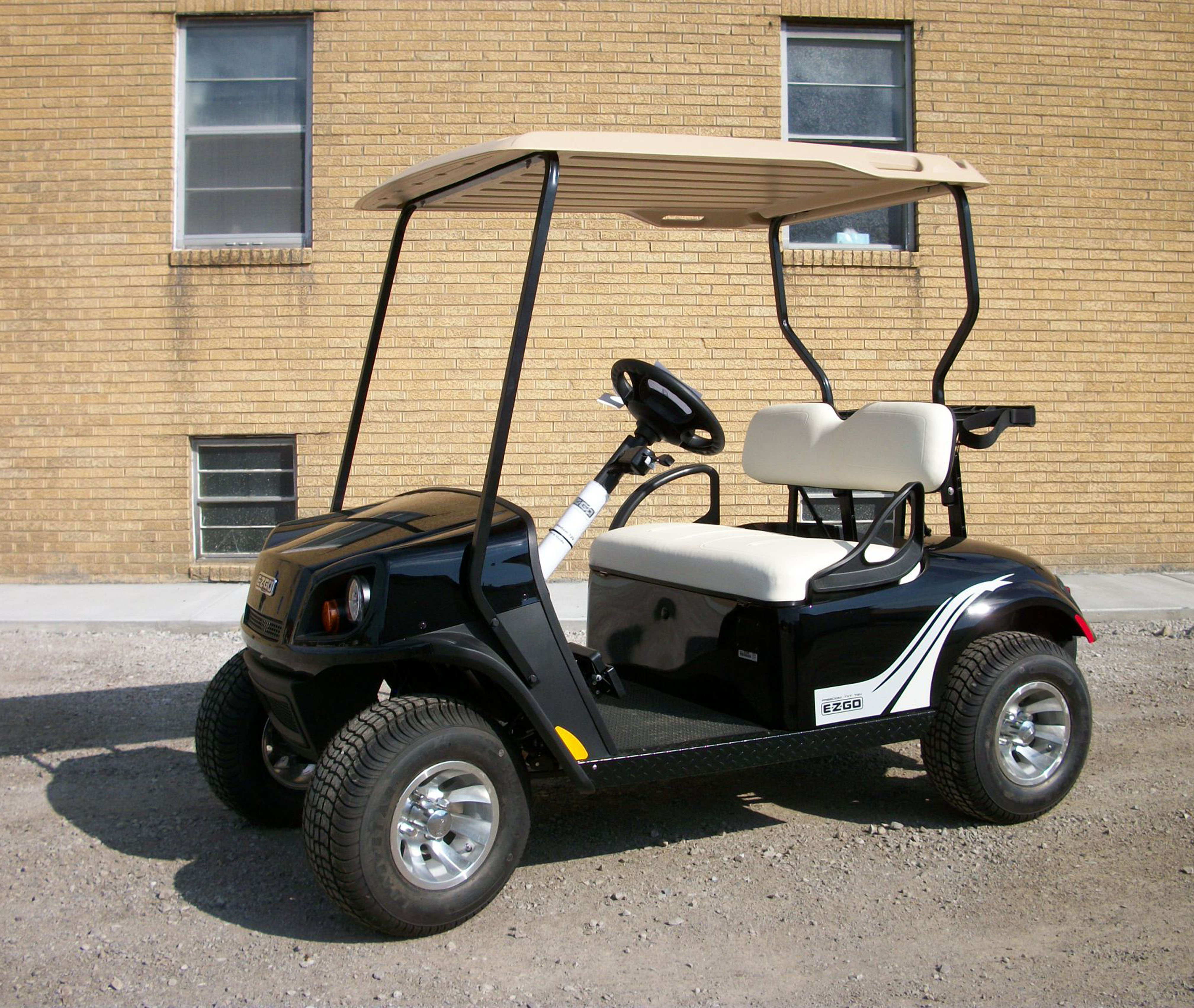 2018 Black EZGO Electric Golf Cart $9359