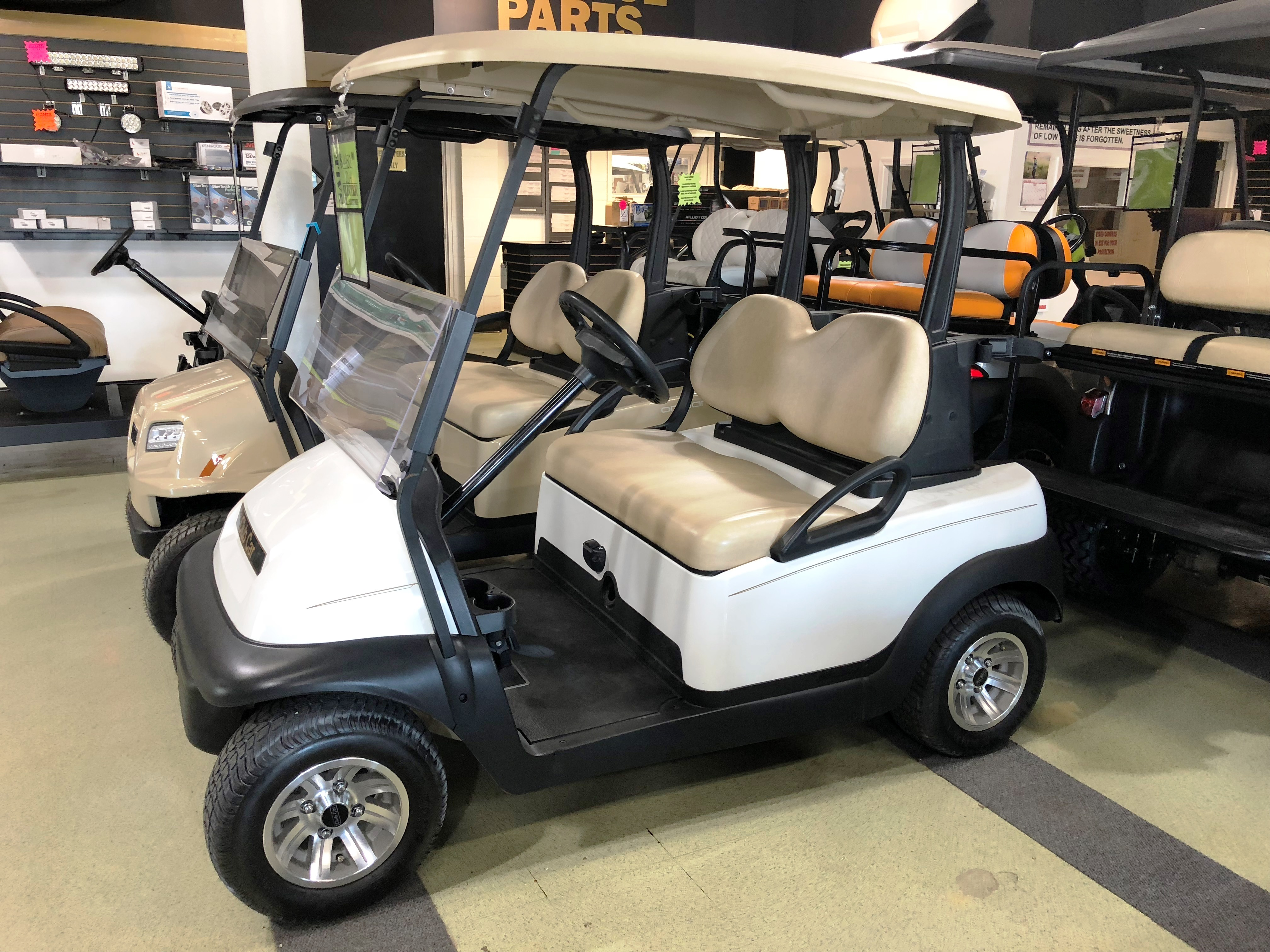 2014 White Club Car Precedent Electric Golf Car $4450