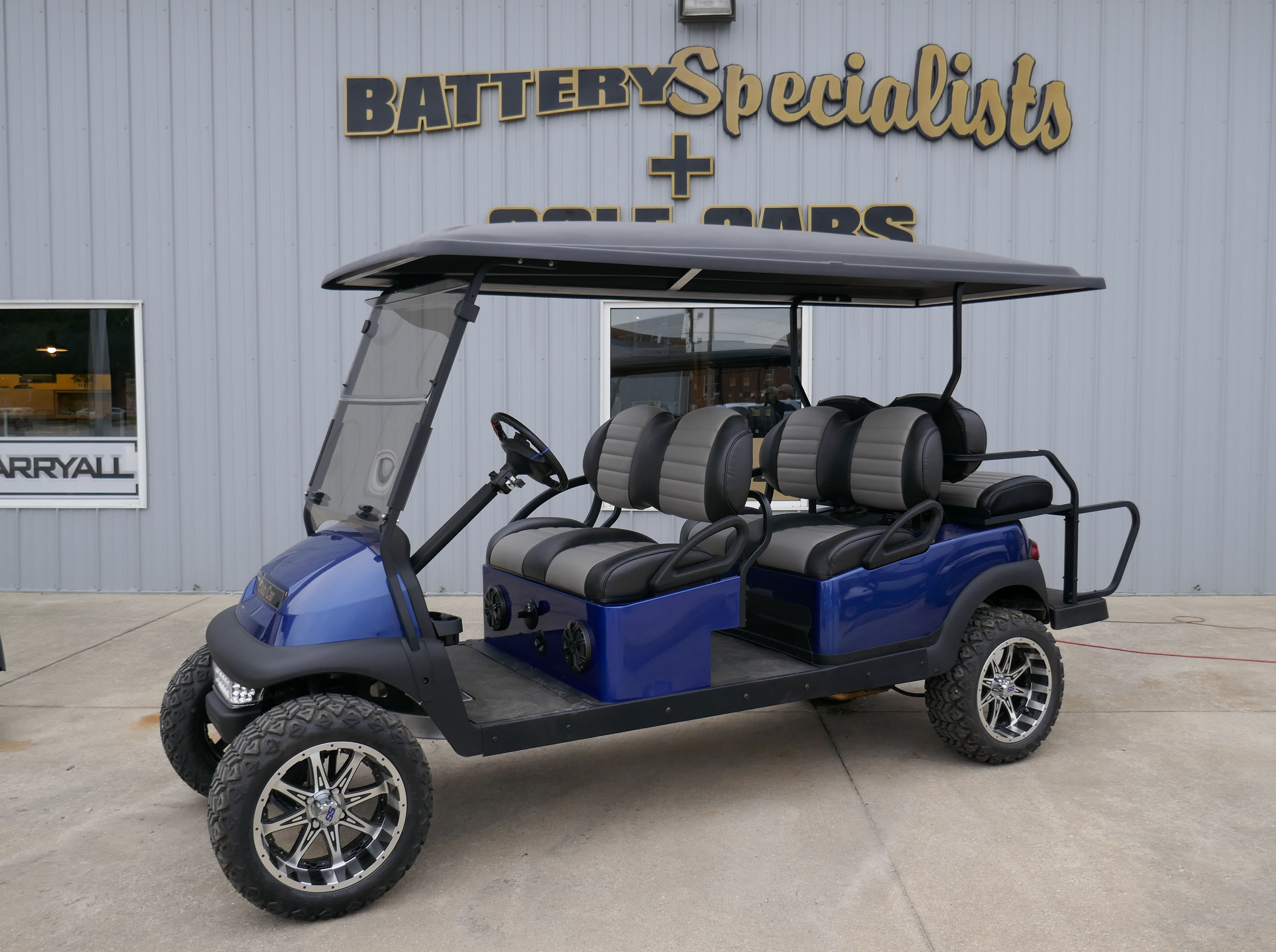 2011 Royal Blue Club Car Precedent GAS Golf Cart $10385