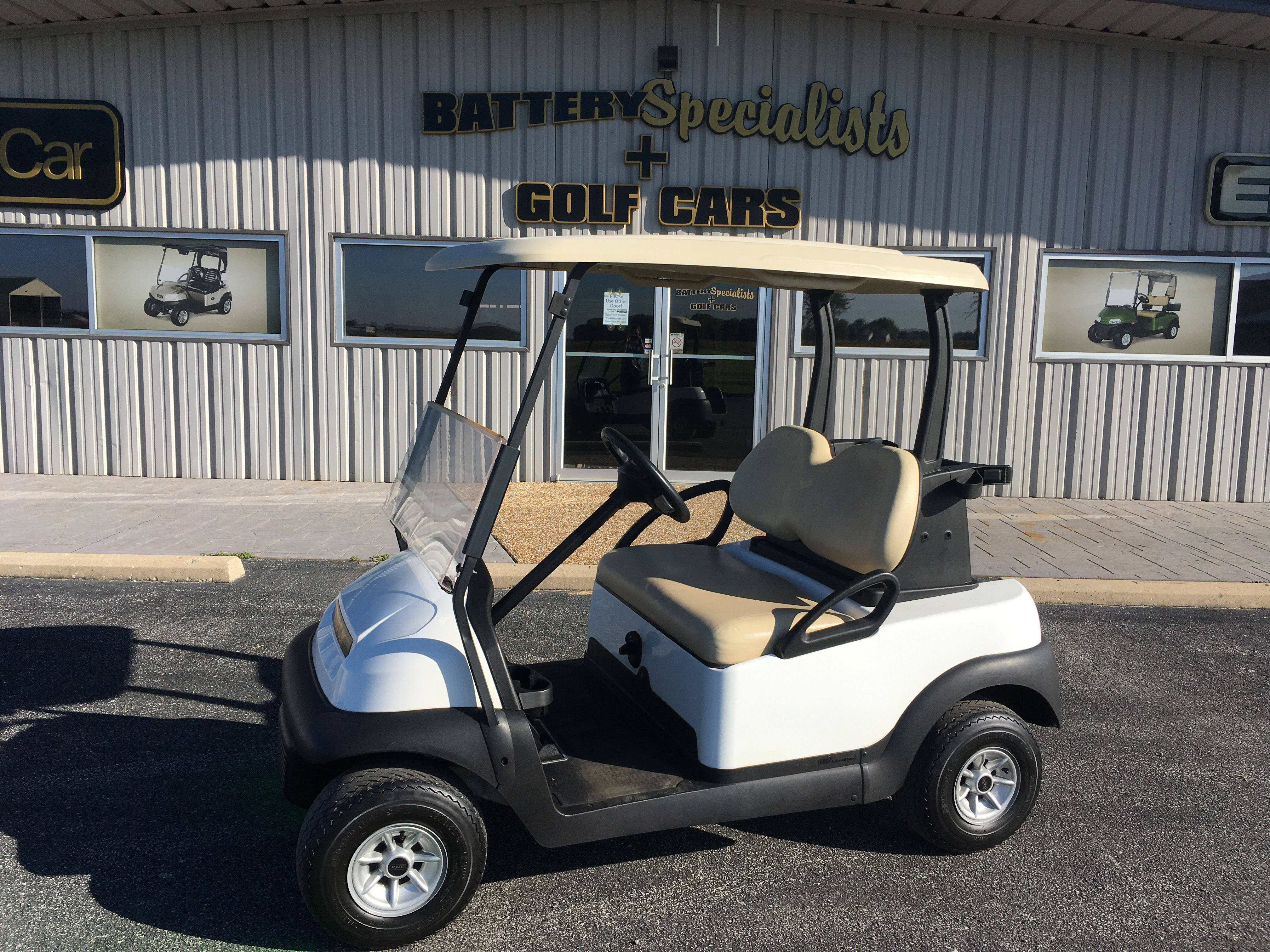 2013 White Club Car Precedent GAS Golf Cart $4695